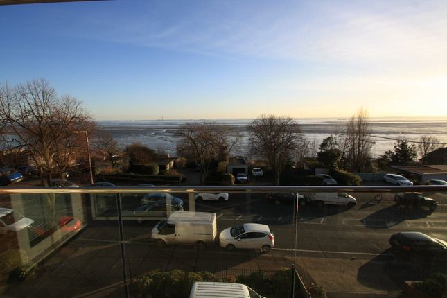 Thumbnail Flat to rent in Grand Parade, Leigh-On-Sea