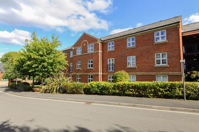 Thumbnail Flat for sale in Stirling Court, Nightingale Close, Chesterfield