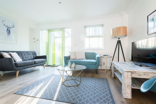 Thumbnail Town house to rent in Navigation Way, Oxford