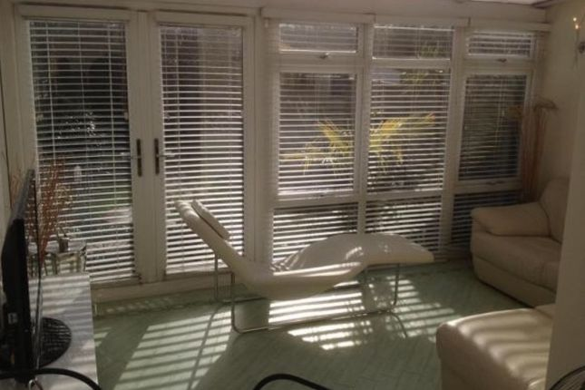 Thumbnail Terraced house to rent in Overton Road, London