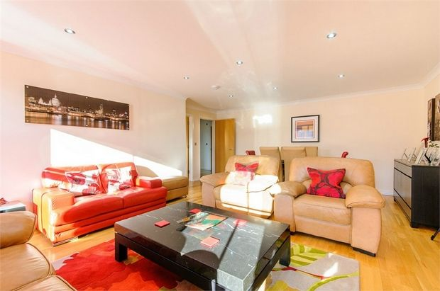 Thumbnail Flat for sale in Flat 8, Park View, Broadstairs