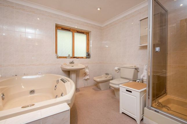 Family Bathroom of Bridge Moor, Redruth TR16