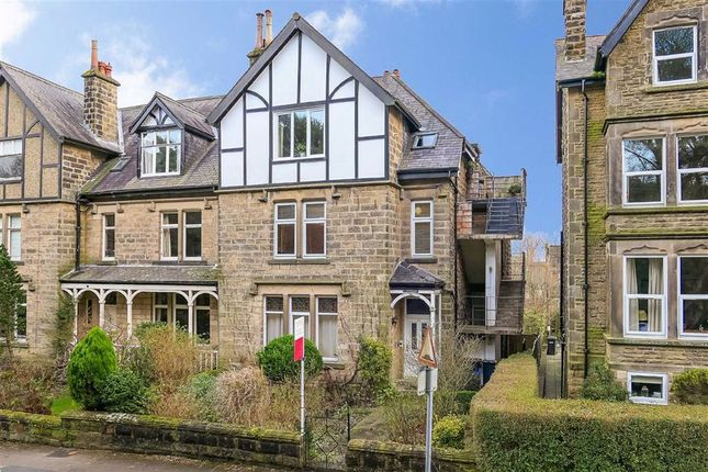 2 bed flat to rent in Harlow Moor Drive, Harrogate, North Yorkshire HG2