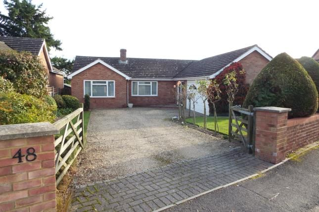 3 bed bungalow for sale in Tadley, Hampshire, England