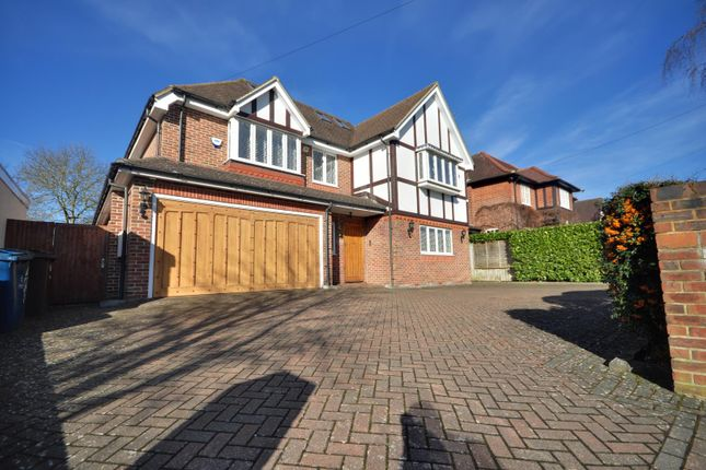Thumbnail Detached house to rent in Hillview Road, Pinner, Middlesex