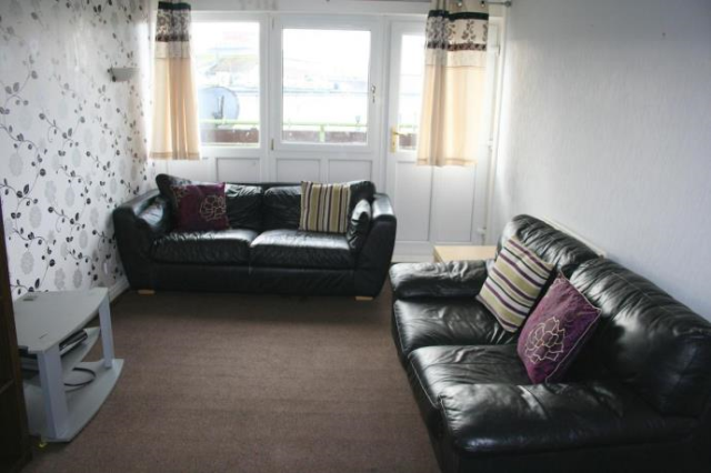Thumbnail Flat to rent in Jarnac Court Dalkeith, Dalkeith