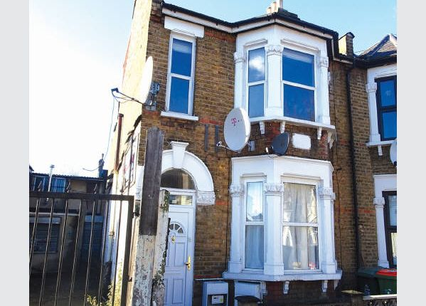 Thumbnail Terraced house for sale in Michigan Avenue, London