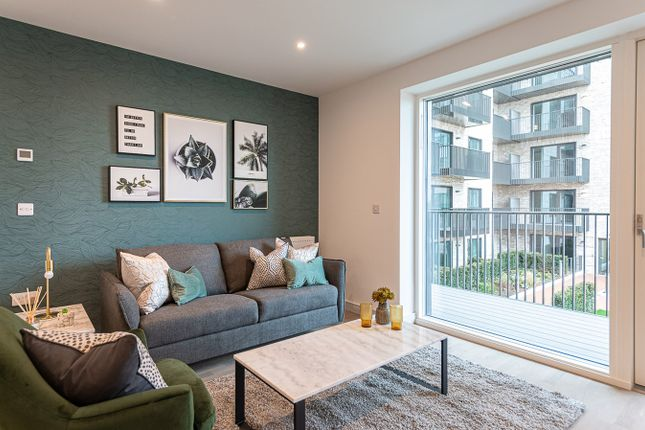 1 bed flat for sale in Arber House, 2 Green Leaf Walk, The Green Quarter, Southall, London UB1