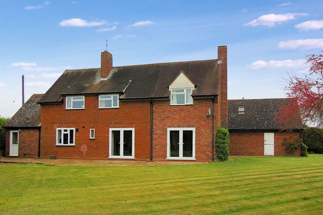 Thumbnail Detached house to rent in Boat Lane, Offenham