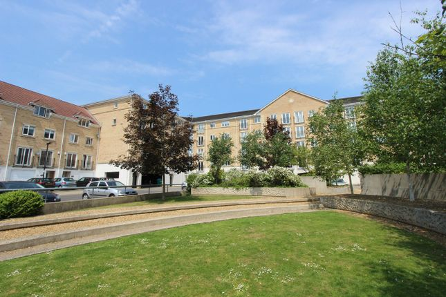 Thumbnail Flat for sale in The Dell, Banister Park, Southampton