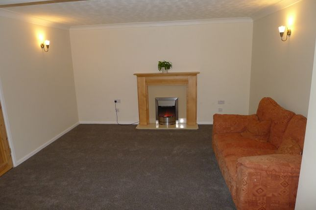 Lounge/Diner of Thirlwall Drive, Fordham, Ely CB7