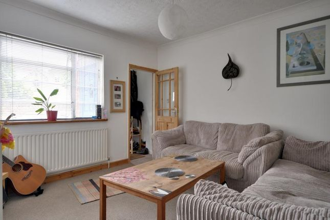 Thumbnail Maisonette to rent in Victoria Road, Cowley, Uxbridge