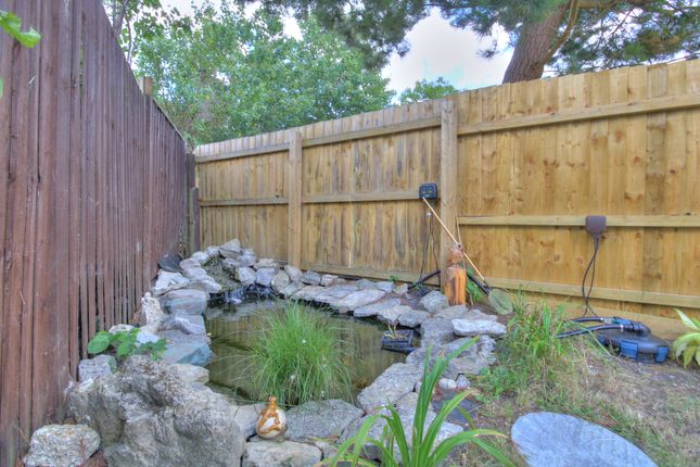 Water Feature of Queens Way, Ringwood BH24