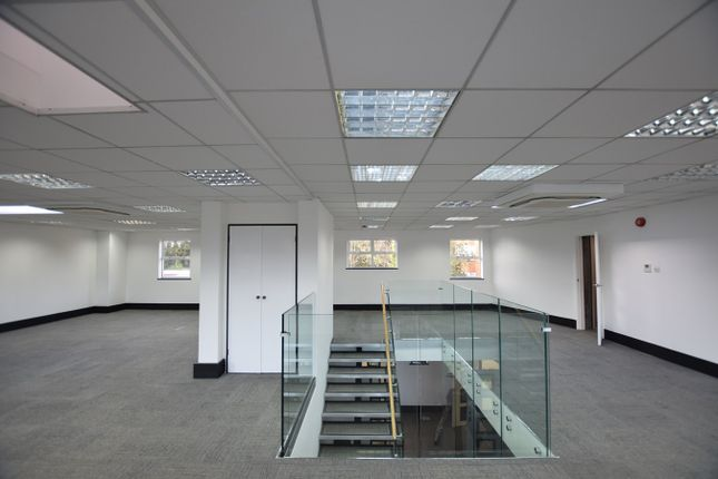 Thumbnail Office to let in Mid-Day Court, 20-24 Brighton Road, Sutton, Surrey 5Bn