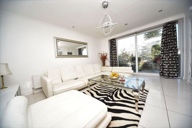 one to one uk ltd nw9 property to rent from one to one uk ltd