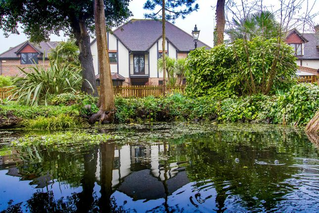 Thumbnail Detached house for sale in Gainsborough Place, Chigwell