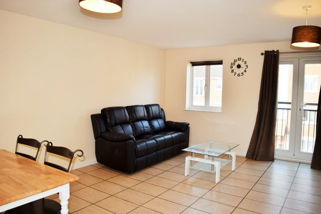 Thumbnail Flat to rent in Hevingham Drive, Chadwell Heath