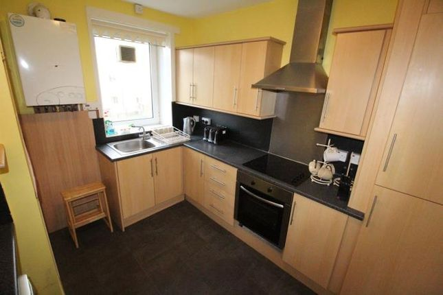 Thumbnail Flat to rent in Flat A, 22 Willowbank Road, Aberdeen