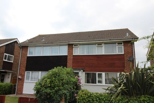 Thumbnail Property to rent in Lasham Walk, Fareham