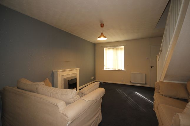 Thumbnail Terraced house to rent in Hawfinch Grove, Worsley