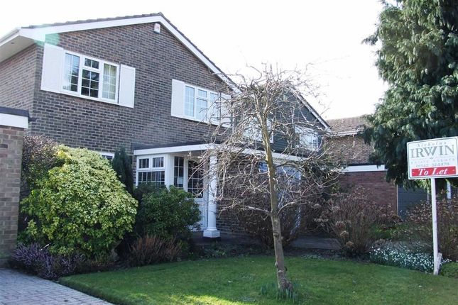 Thumbnail Property to rent in Harwoods Close, East Grinstead, West Sussex
