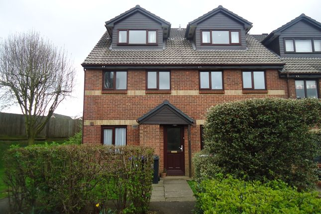 Thumbnail Maisonette to rent in Maypole Road, Taplow