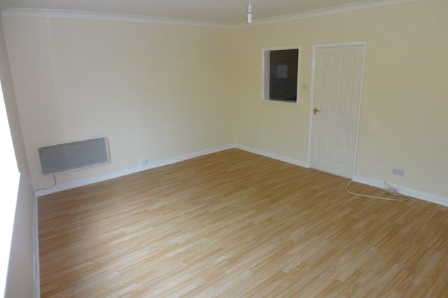 Thumbnail Flat to rent in London Road, Purbrook, Waterlooville