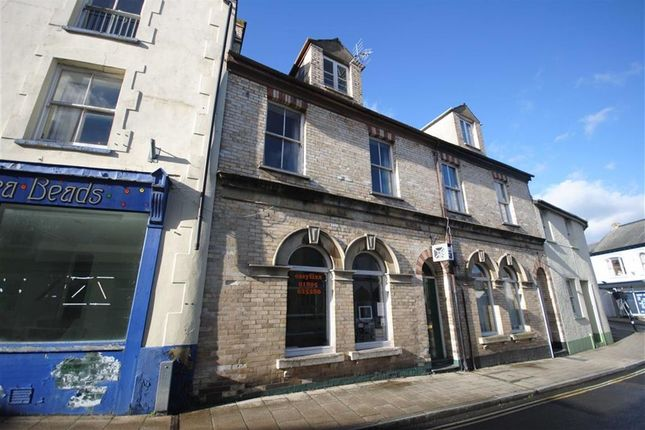 Thumbnail Property for sale in South Street, Torrington