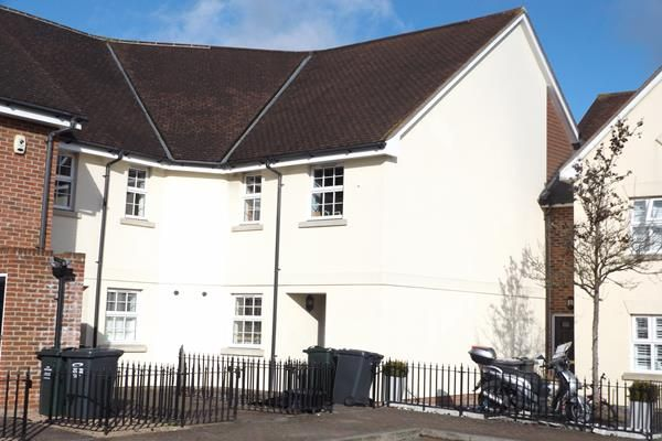 Thumbnail Town house for sale in Williams Way, Dartford