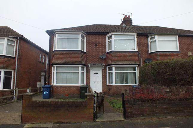 Thumbnail Flat for sale in Ovington Grove, Fenham, Newcastle Upon Tyne