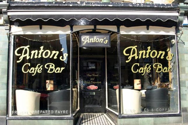Restaurant/cafe for sale in Park Road, St Annes