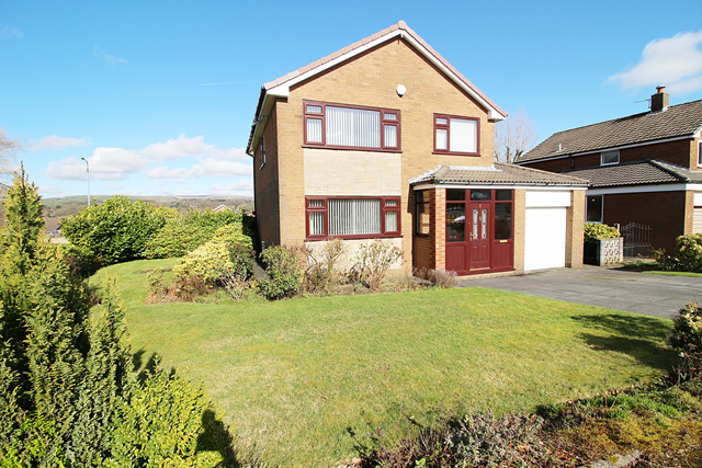 Thumbnail Detached house for sale in Amberley Close, Ladybridge, Bolton