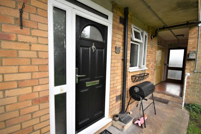 Thumbnail Flat to rent in Southwood Road, London