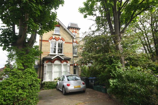 Flat to rent in Kingston Hill, Kingston Upon Thames