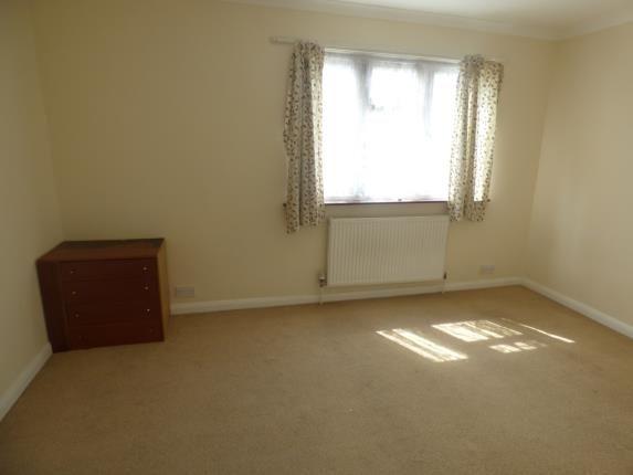 Bedroom 3 of Upminster Road North, Rainham RM13