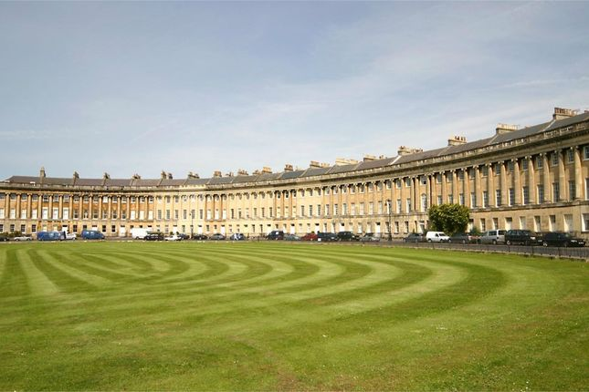 Thumbnail Flat to rent in 19 Royal Crescent, Bath