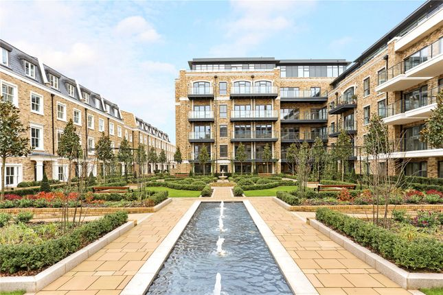 Thumbnail Flat for sale in Apartment D8, Chiswick Gate, London