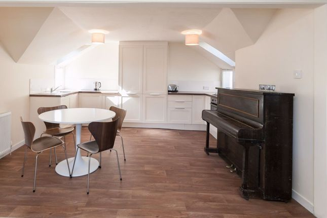 Thumbnail Flat to rent in Rose Street, City Centre