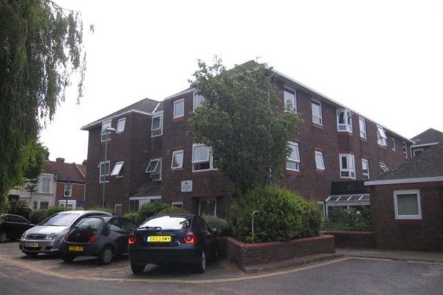 Thumbnail Flat to rent in Twyford Avenue, Portsmouth