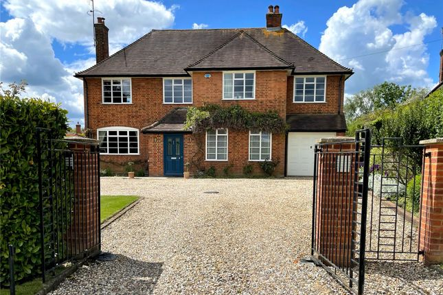 Thumbnail Detached house to rent in Burnham Avenue, Beaconsfield