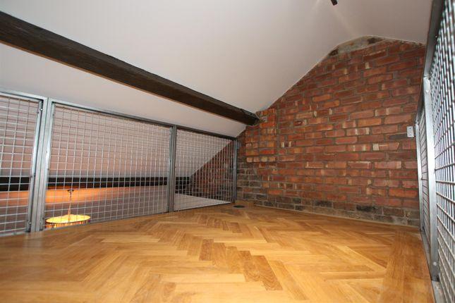 Mezzanine of Liverpool Road, Castlefield, Manchester M3