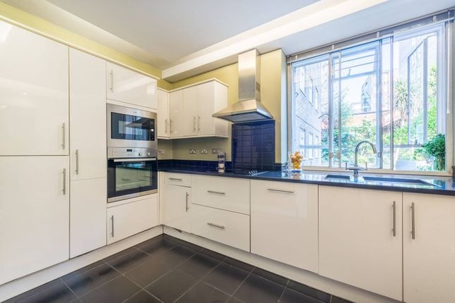 Flat for sale in Bayswater Road, Bayswater, London