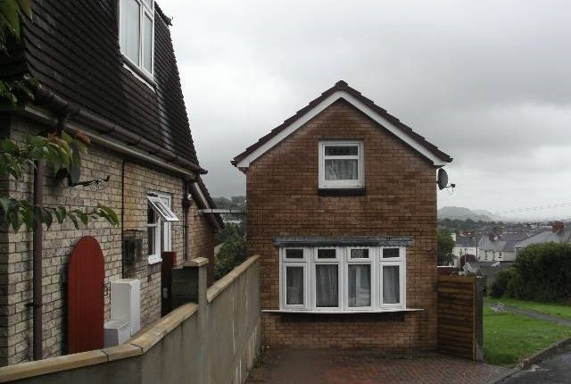 Thumbnail Property to rent in Crispin Avenue, Carmarthen, Carmarthenshire