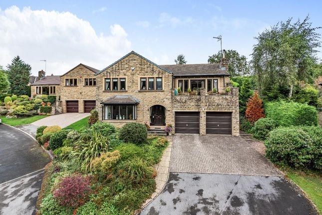 3 bed detached house for sale in The Bullfield, Harden, Bingley BD16