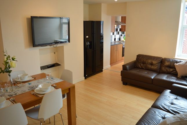 Thumbnail Maisonette to rent in Mowbray Street, Heaton, Newcastle Upon Tyne
