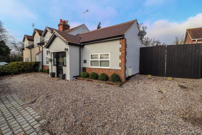 3 bed semi-detached bungalow for sale in London Road, Vange, Basildon SS16