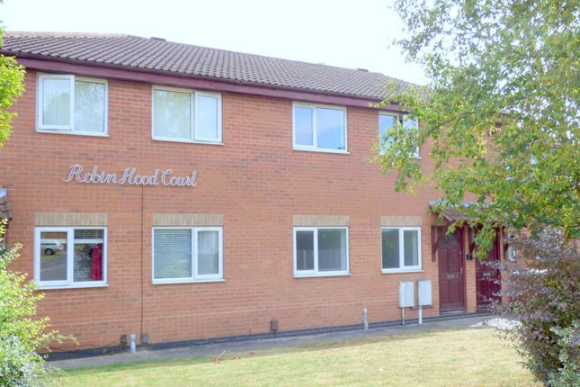 2 bed flat to rent in Robin Hood Court, Covert Close
