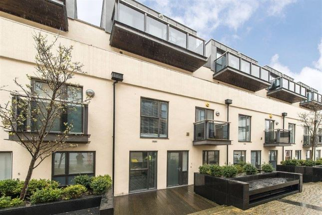 Thumbnail Flat to rent in Old Post Office Walk, Surbiton