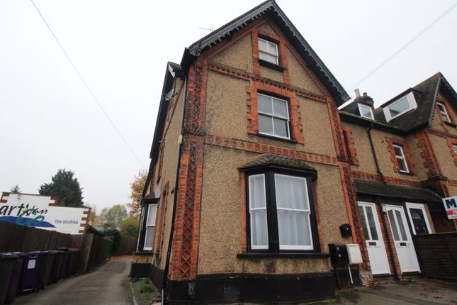 Thumbnail Flat to rent in Stevenage Road, Knebworth