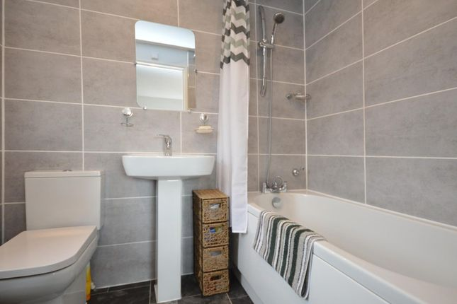 En Suite of Francis Way, Bridgeyate, Bristol BS30